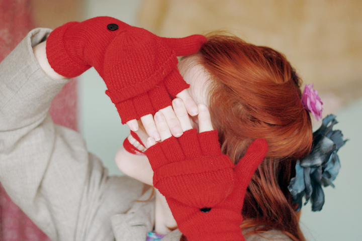 red mittens a