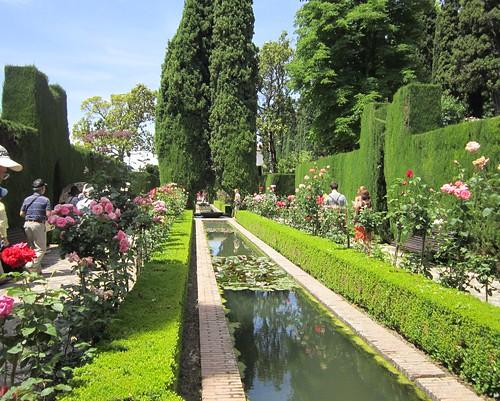 アルハンブラ宮殿内ヘネラリーフェ庭園① by Poran111