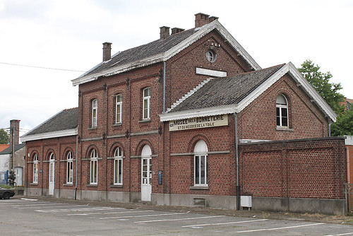 Quevaucamps station Lijn79 Km: 3