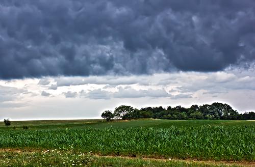 storm cornfield farm pa thunder raincloud