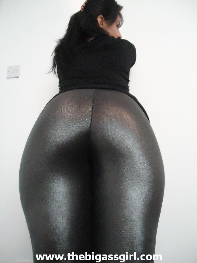 Big Ghetto Butts In Spandex-6745
