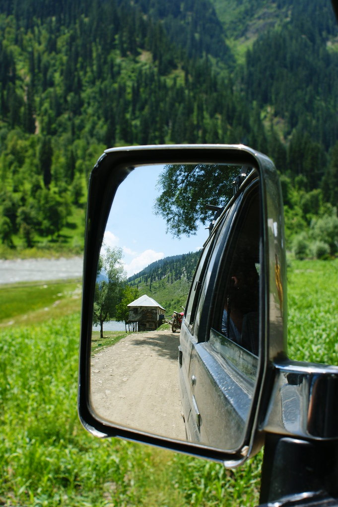 """MJC Summer 2012 Excursion to Neelum Valley with the great """"LIBRA"""" and Co - 7608647424 7e91122b82 b"""