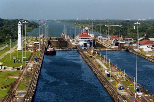 Panama Canal in Panama-Picture of Panama Canal tourism destinations