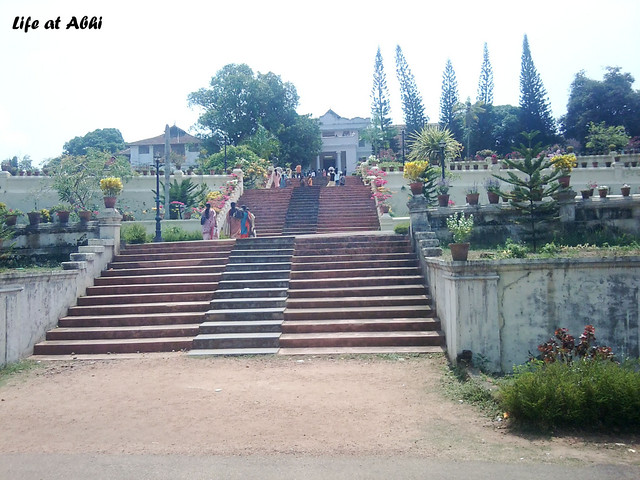 Cochin king returns to his palace, the Hill palace on Life ...