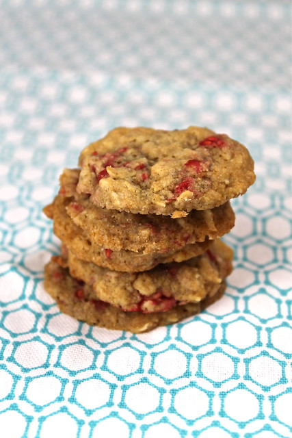 Oatmeal Raspberry Cookies