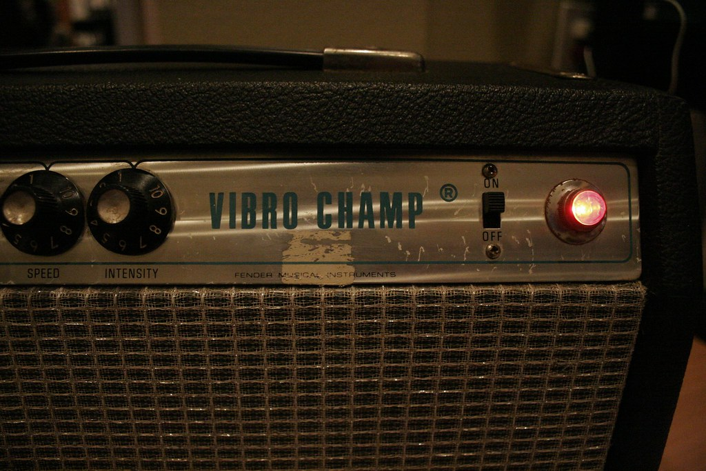 ShortScale :: View topic - NAD - Fender Silverface Vibro Champ
