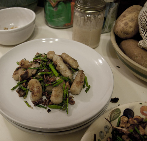 Potato Gnocchi with Asparagus and Walnuts