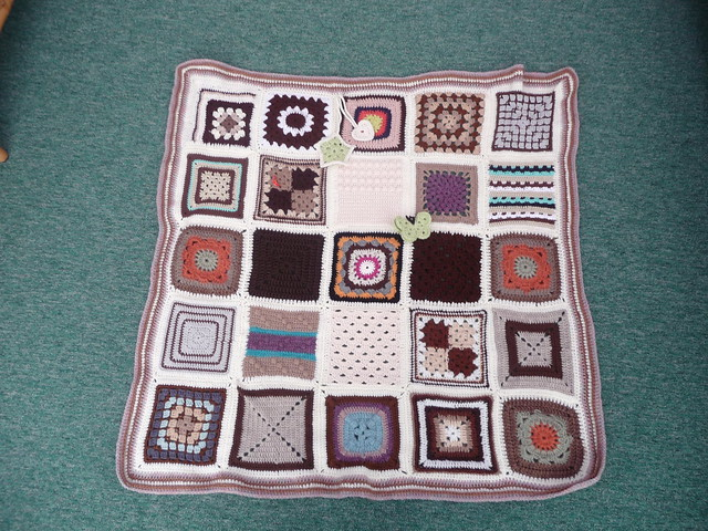 Bev wanted the experience of making a 'SIBOL' up, today I received the Blanket back! It's lovely and thanks everyone for contributing the Squares!