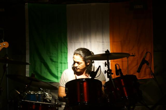 O.E. Gallagher live at Outbreak, Tokyo, 28 Apr 2012. 404