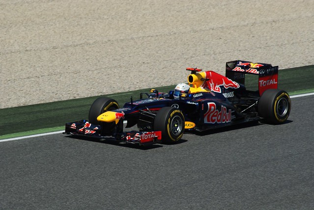 Sebastian Vettel RED BULL  Renault  RB8  Formula 1 Day 1 Free practice  GP F1 2012 Spain Circuit de Catalunya  Barcelona   DSC04425e