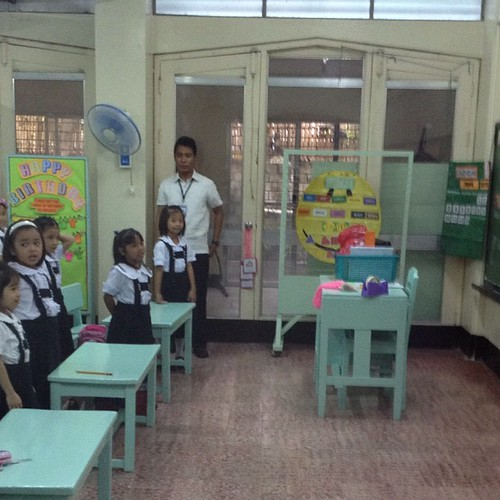 Teacher orienting the students with their daily routine