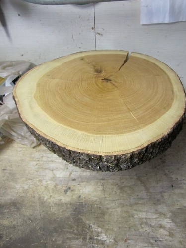 wedding week tree stump cake stand just two crafty. Black Bedroom Furniture Sets. Home Design Ideas