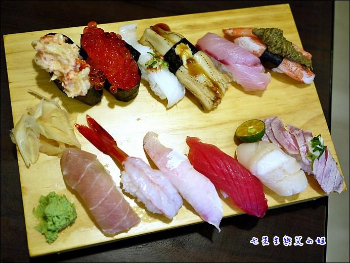 12 12貫握壽司