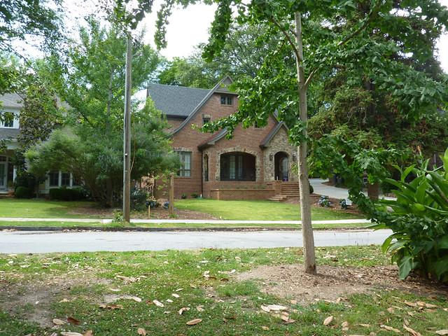 P1080895-2012-05-29--1064-Lanier-Boulevard-Teardown-Complete