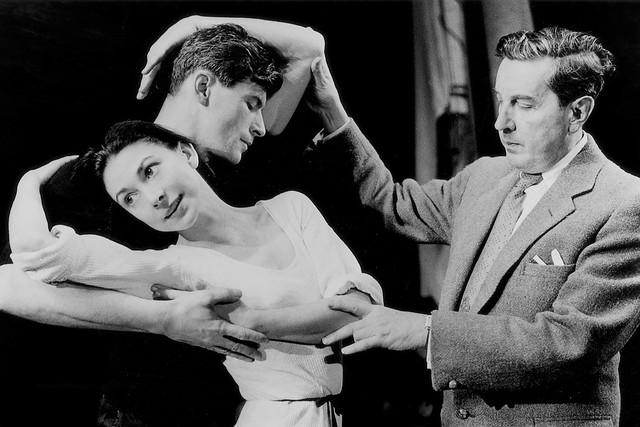 Margot Fonteyn, Michael Somes and Frederick Ashton in rehearsal for Ondine © Roger Wood/ROH 1958