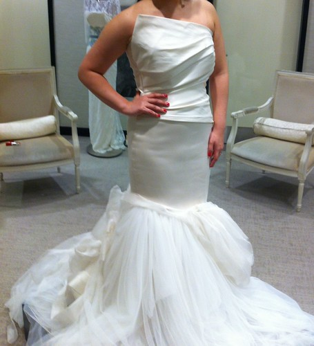 26 superb wedding dress alterations nyc for Wedding dress tailor near me
