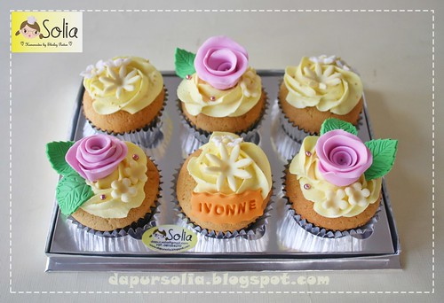 02 cupcake set BC-Ivonne