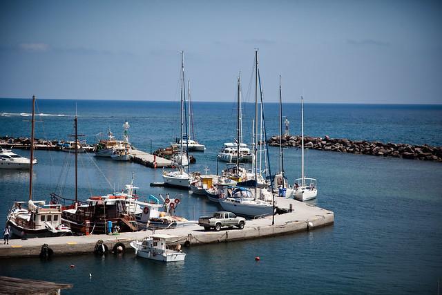 Vlihada Dock [EOS 5DMK2 | EF 24-105L@24mm | 1/5000 | f/5 | ISO200]