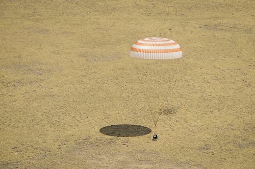 Expedition 31 Landing (2012070001HQ)