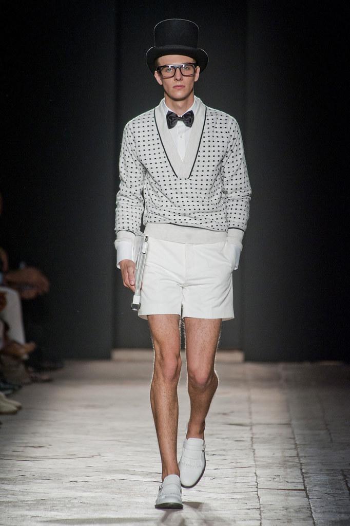 Antoine Des Beauvais3027_SS13 Milan Daks(fashionising.com)