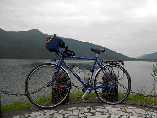 Lake Liyu