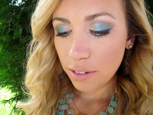 Livingaftermidnite - mark. Makeup Monday: Hawaiian