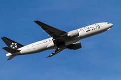 "UAL B777-200ER ""STAR ALLIANCE"" take off from R/W16R."