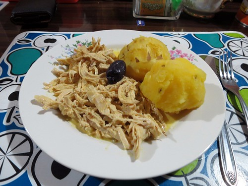 Paleo-friendly ají de gallina with yellow potatoes