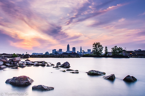 morning cloud sunrise landscape downtown lakeerie cleveland greatlakes lakefront k5 wideanglelens edgewaterpark keytower forestcity clevelandskyline pentaxart nd400fliter pentaxk5 yuanshuaisi dashuaiphotography towercityrocks smcda15mmf4limit 克利夫蘭,森林之城,日出,美國城市,俄亥俄,伊利湖,五大湖,湖邊公園,賓得,司遠帥,大帥攝影,減光濾鏡,hoya