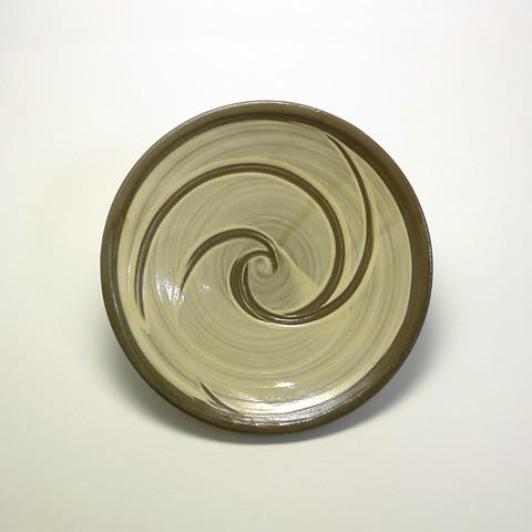 黒木富雄窯 6寸皿/ウズ櫛描き(目剥ぎなし)