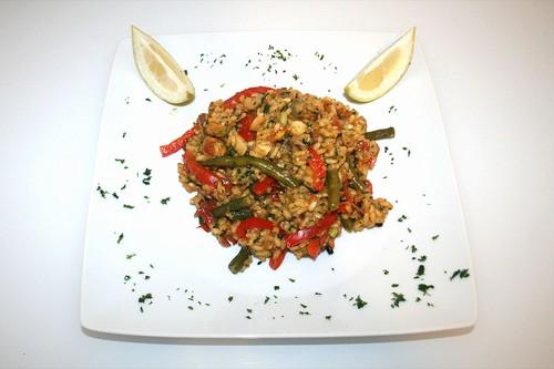 46 - Meeresfrüchte-Paella / Seafood paella - Serviert