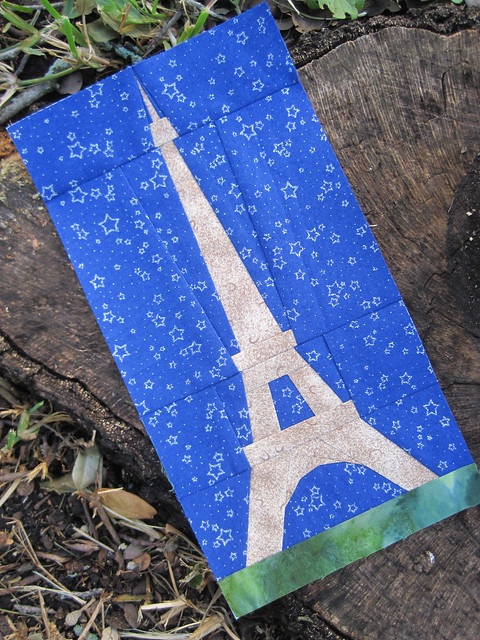 Eiffel Tower Quilt Pattern http://www.flickr.com/photos/ofenjen/7699207430/