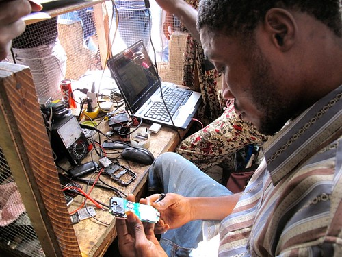 Monrovia's World Trade Centre - mobile phones repairer