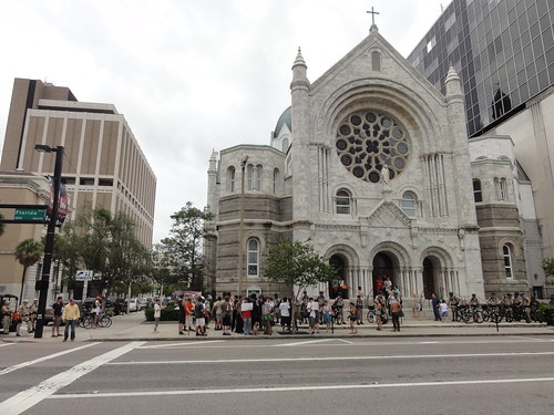 Long view of protesters in front of Sacred Heart Church