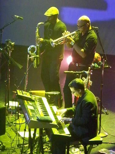 Mon, 04/23/2012 - 10:15pm - Rodrigo y Gabriela with C.U.B.A. at the Orpheum, Boston, 4-23-2012