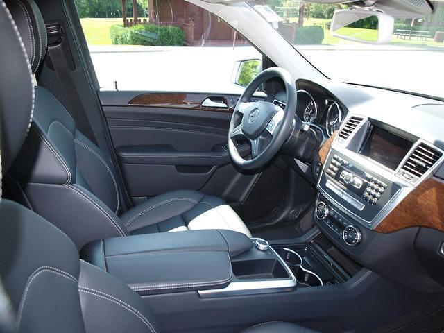 2012 Mercedes-Benz M-Class 18
