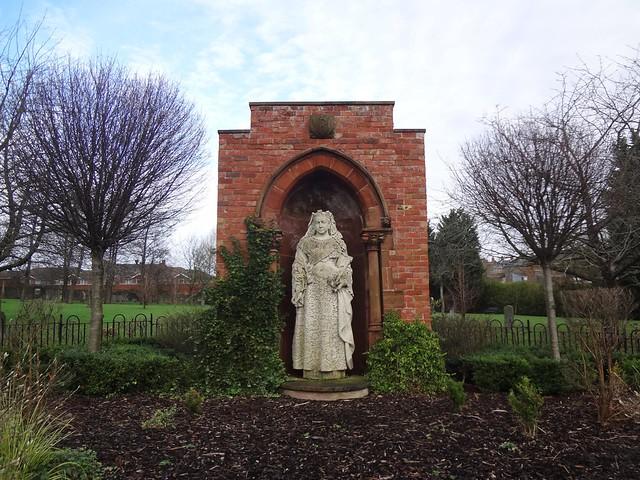 Estátua da Queen Victoria no cemitério de Shankill em Belfast