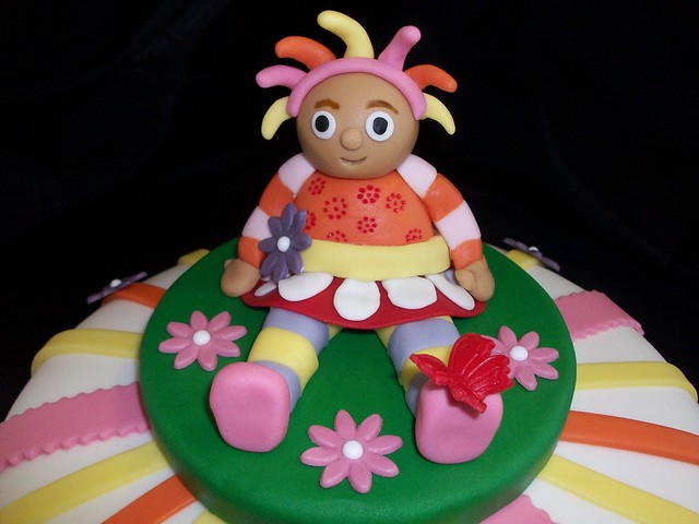 Upsy Daisy Cake Decoration : In the Night Garden - Upsy Daisy cake Flickr - Photo ...