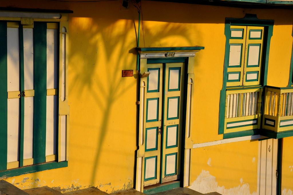 Imagen de las fachadas típicas de las casas en este pueblo - imágenes de Salento, Quindio