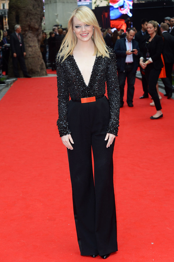 Emma-Stone-in-Elie-Saab-Fall-2012-at-The-Amazing-Spider-Man-UK-Premiere