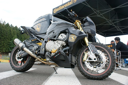 BMW S1000RR by Continental
