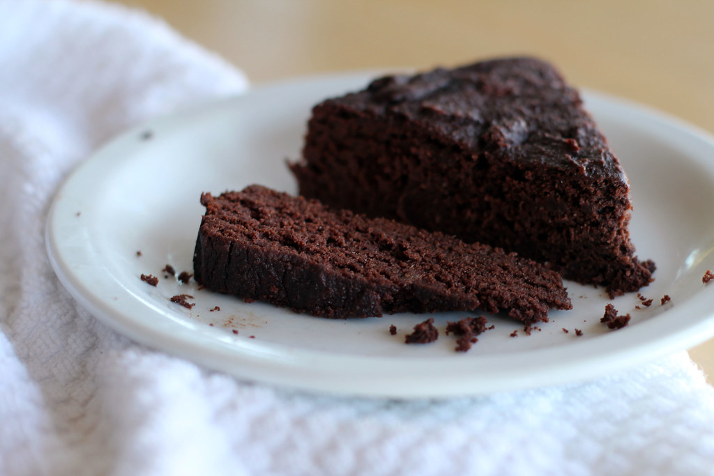 (grain free scd) chocolate cake