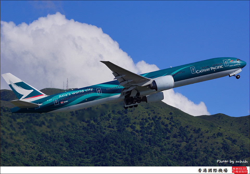 Cathay Pacific Airways / B-KPF / Hong Kong International Airport