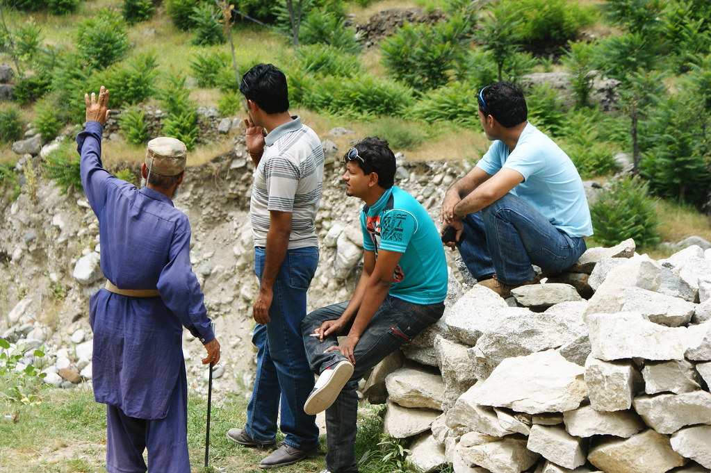 """MJC Summer 2012 Excursion to Neelum Valley with the great """"LIBRA"""" and Co - 7583954568 fea4bd0442 b"""