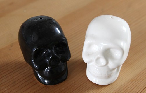 Salt n Pepper skulls