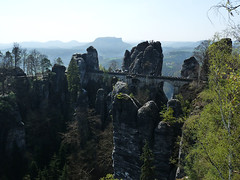 Saské Švýcarsko: <br>Basteibrücke a stolová hora Lilienstein