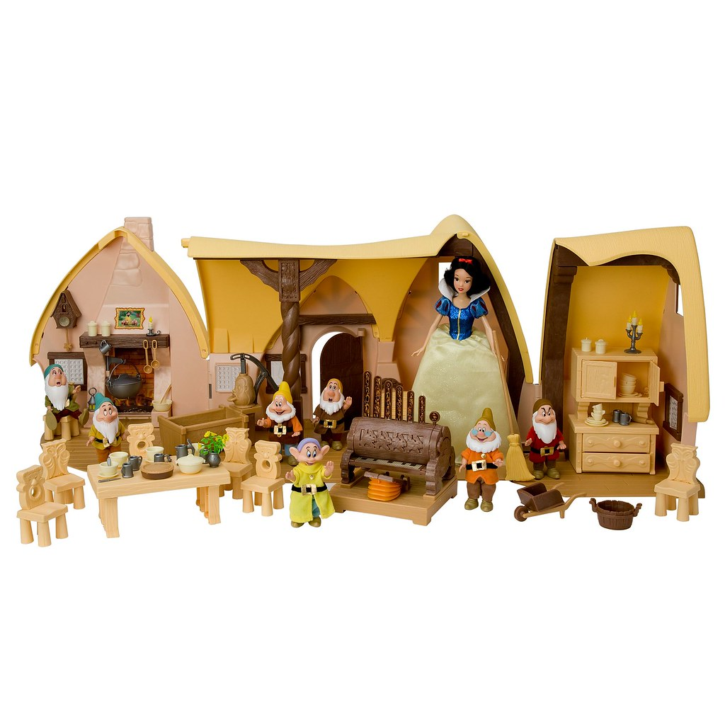 2009 Snow White And The Seven Dwarfs Cottage Play Set