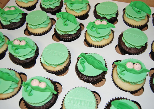 Pea in a Pod Baby Shower Cupcakes for Twins