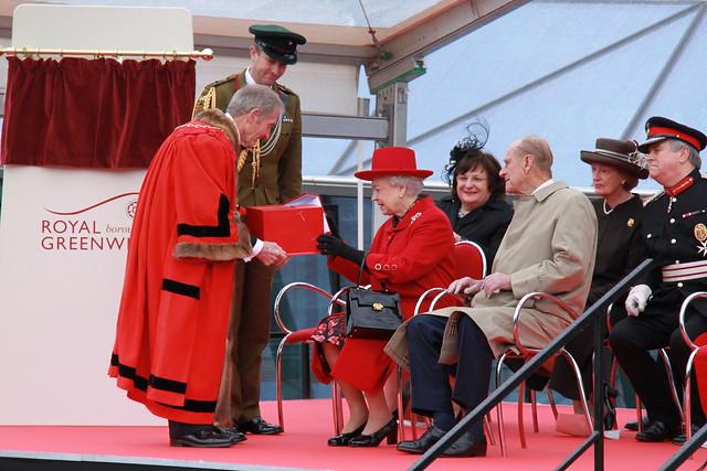 Queen visits Greenwich
