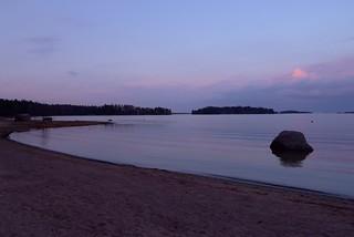 Billede af Laajasalon uimaranta Strand med en længde på 198 meter. sea water finland evening spring helsinki laajasalo